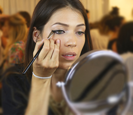 carrera de maquilladora profesional