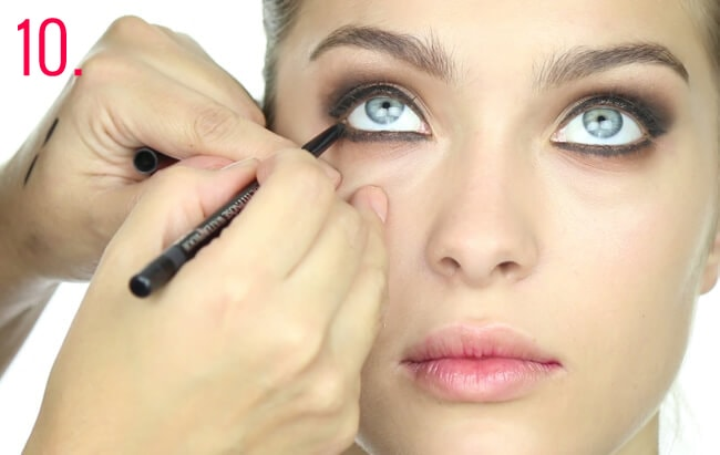 Paso 10 make-up Oriana Sabatini
