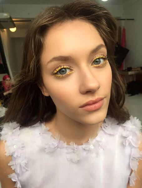 Maquillaje de ojos con colores