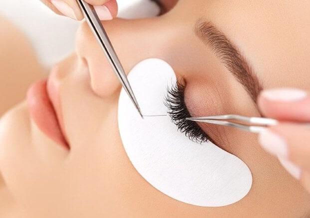 Cuidados de la piel y tips de maquillaje para novias