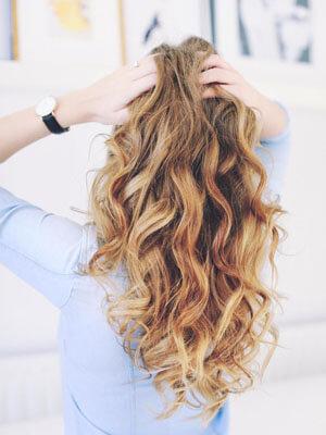 Cuidar el cabello rubio