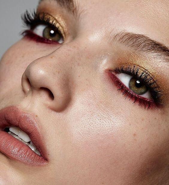 Trucos de maquillaje para agrandar los ojos
