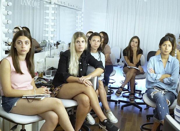 Perfeccionarse en cursos maquillaje profesional