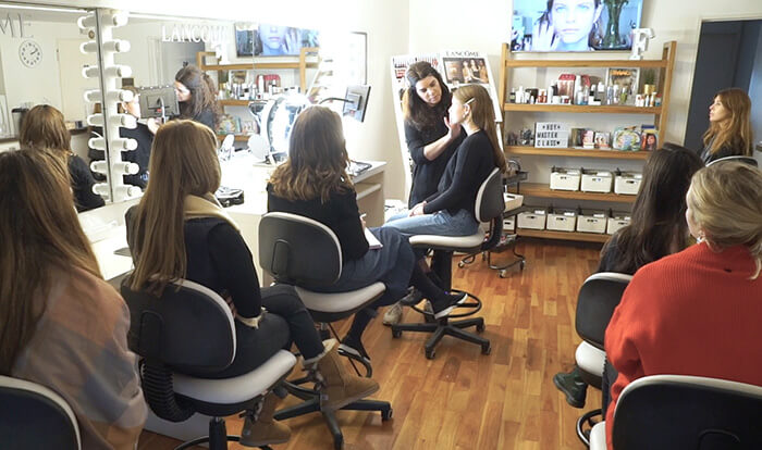 curso-maquillaje-profesional-clase