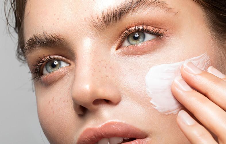 maquillaje con protector solar