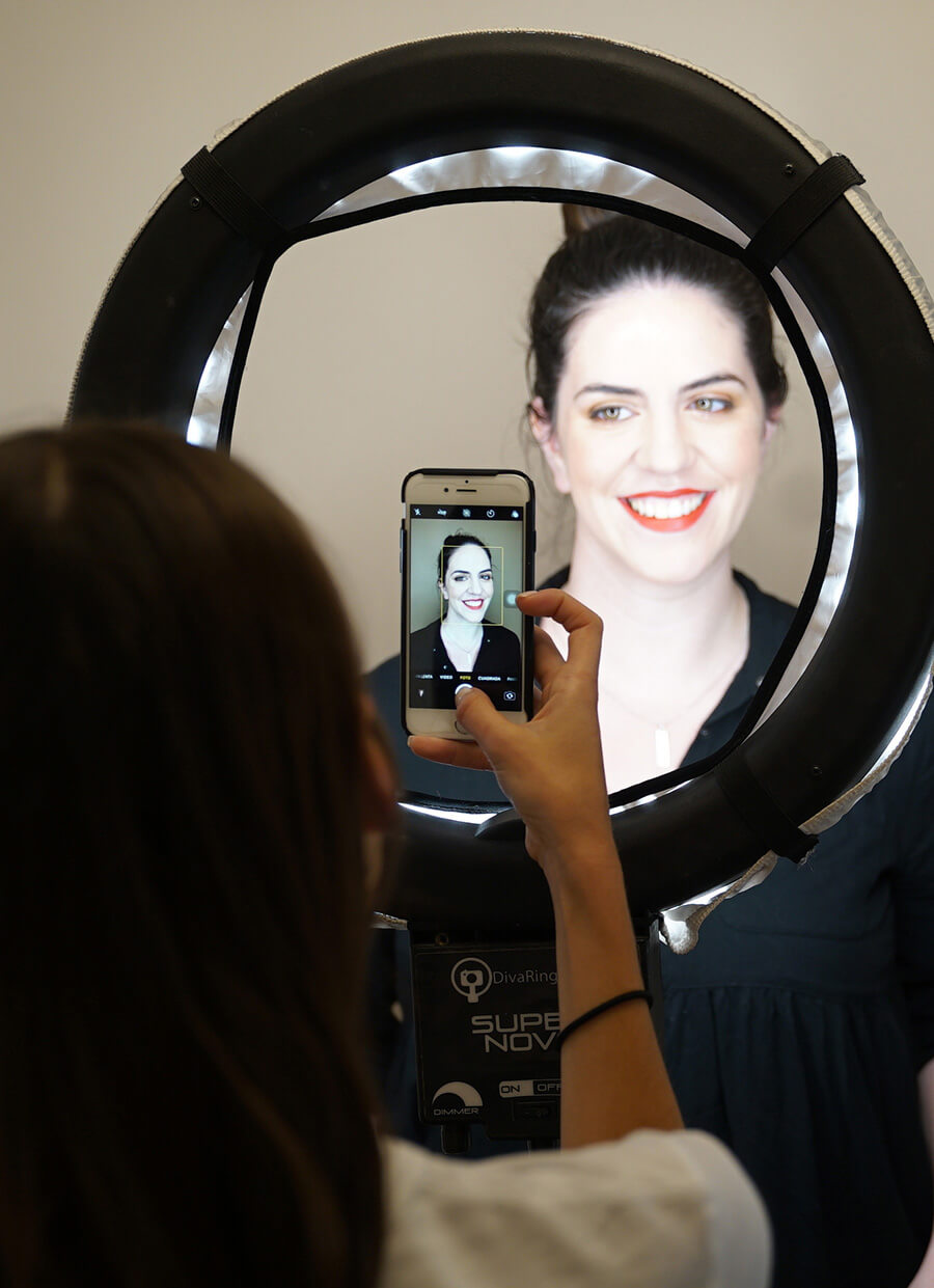 3 formas de empezar una carrera de maquillaje profesional