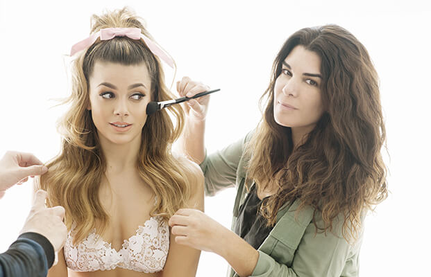 cursos maquillaje bettina frúmboli