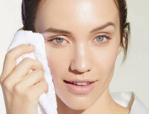 5 consejos para quitar el maquillaje